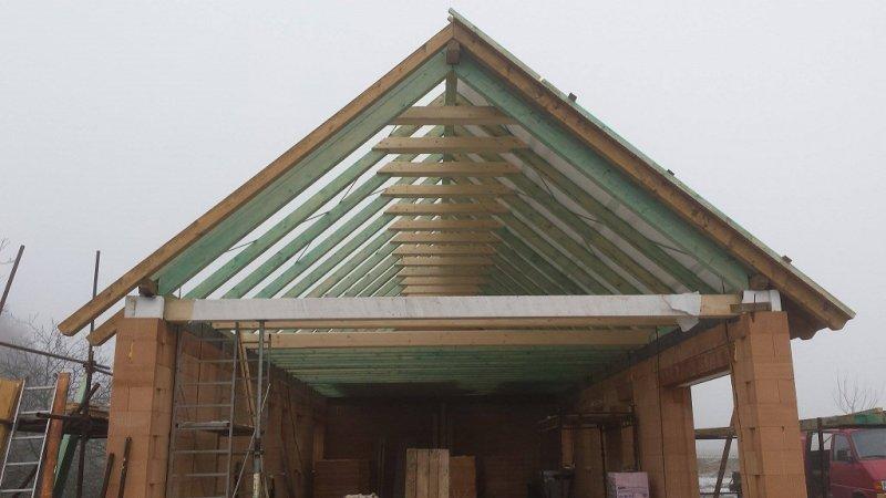 Střechy Petena - Tesařství